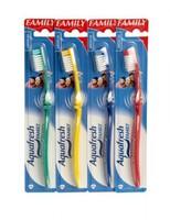 Зубная щетка AQUAFRESH FAMILY